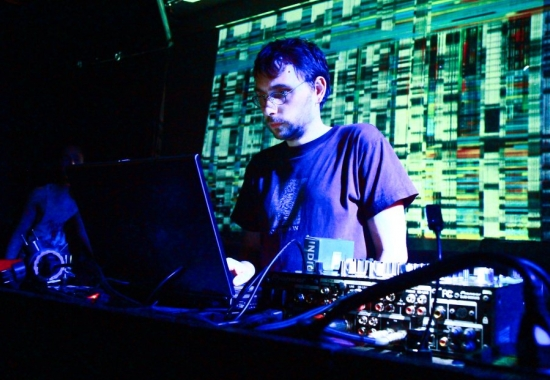 Back to TECHNO feat. SLEEPARCHIVE live!
